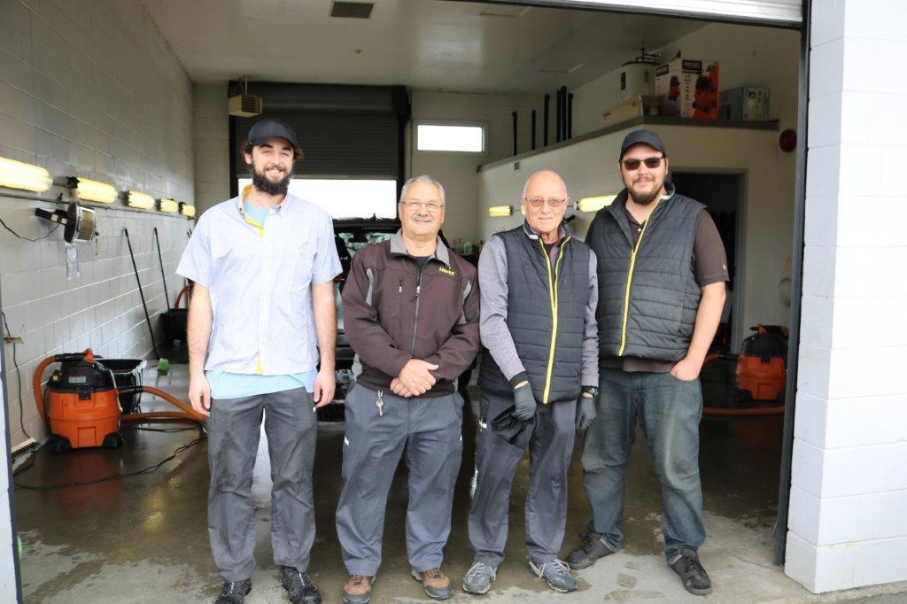 MoveUP members at Hertz Victoria Airport